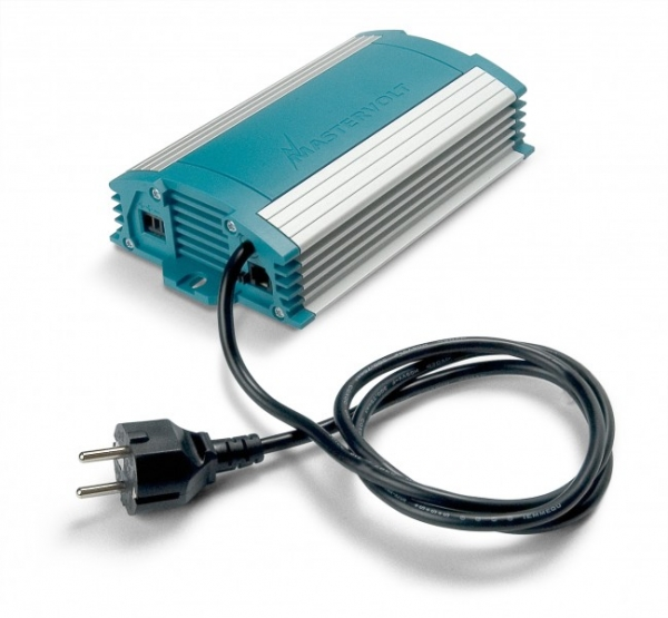 Chargemaster 12V 15A batteriladdare