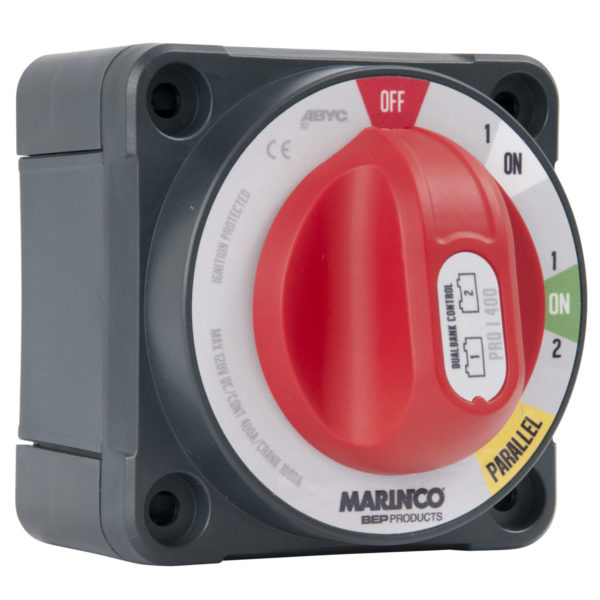 Dual bank control batteribrytare